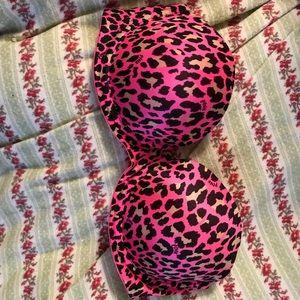 PINK Victoria's Secret bra like new!